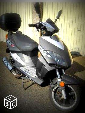 Scooter 125cc 800€