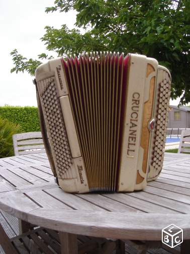 Accordéon CRUCIANELLI