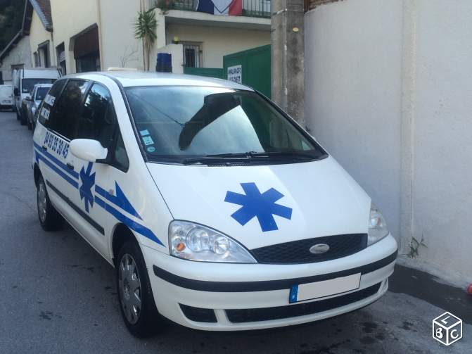 Utilitaire ford ambulance