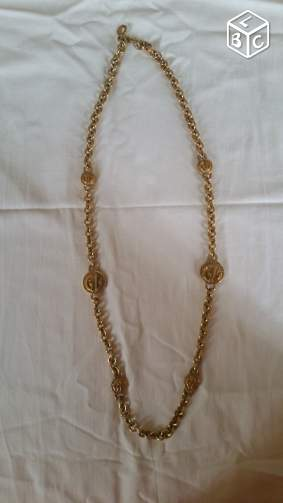 Collier Guy Laroche