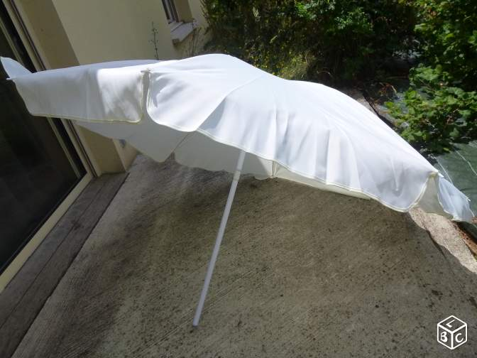 Parasol neuf complet