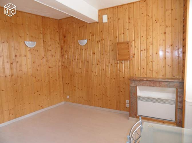 Studio 20 m2, centre de Montaigu (85)