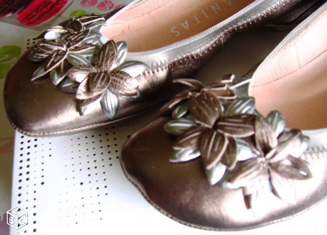 Chaussure femme Couleur bronze Taille 38