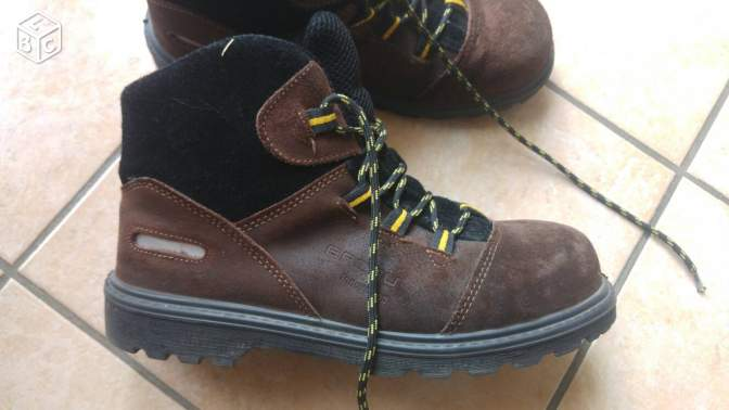 chaussure securitè taille 42