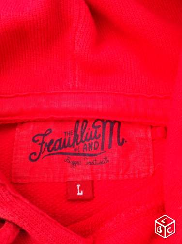Pull Franklin Marshall à capuche rouge