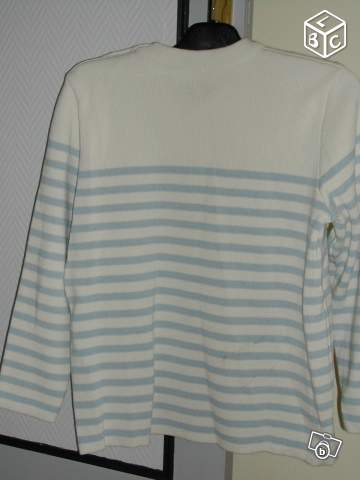 PULL MARIN taille M (265)