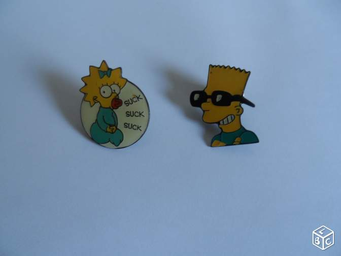 "3 pin's ""LES SIMPSON"""