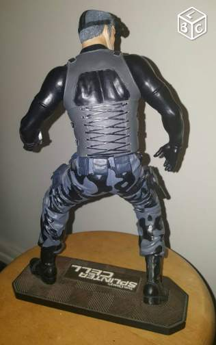 statuette collector sam fisher en platre