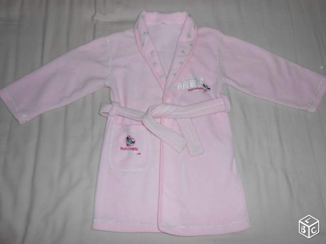 Robe de chambre rose taille 4 ans