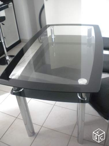 Table en verre + pied inox