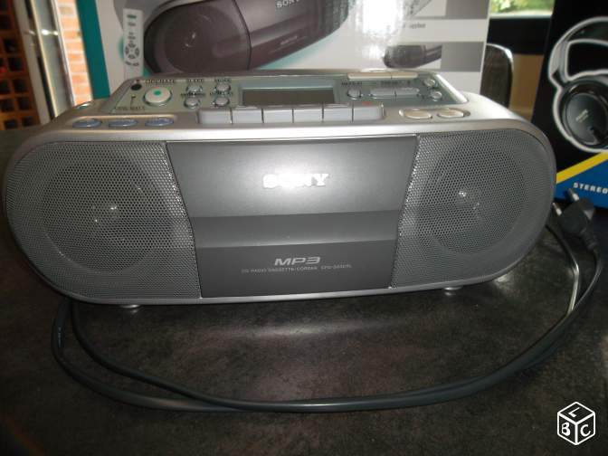 Cd radio cassette mp3 sony cfd-s03cpl