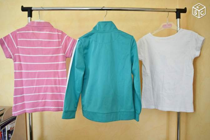 DRVBB70 Polo NEUF+ t-shirt HELLO KITTY + veste 6a