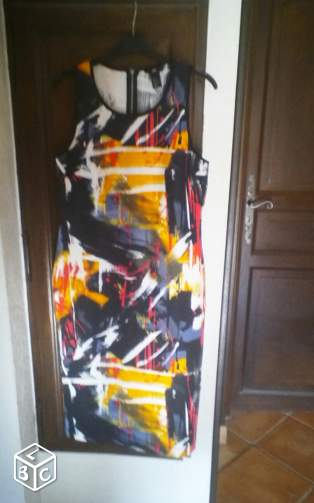 Robe neuf, H & M taille L (44/46)
