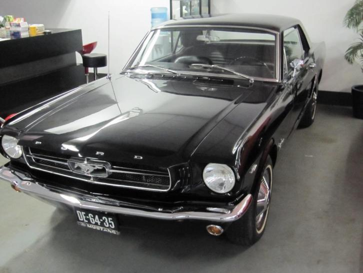 Ford Mustang Hardtop 1964 1/2 zwart 260 cui v8 ,automaat