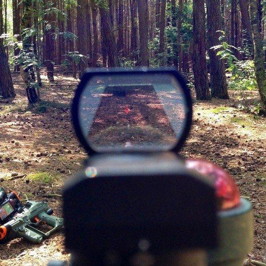 Holographic sight / red dot scope / vizier