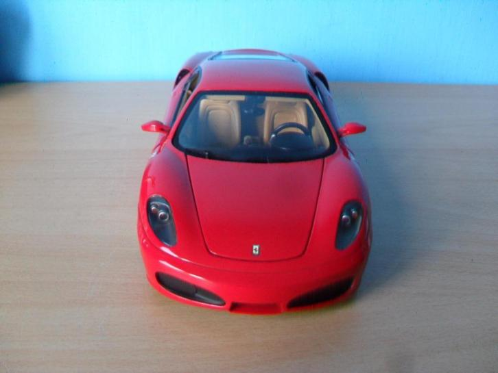 Ferrari F430 1:18 Hot Wheels Elite