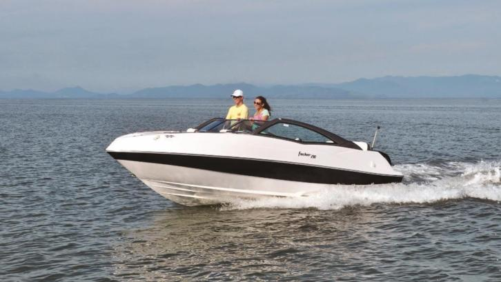 nieuwe STYLE 210 Bowrider, designed by PORSCHE consulting