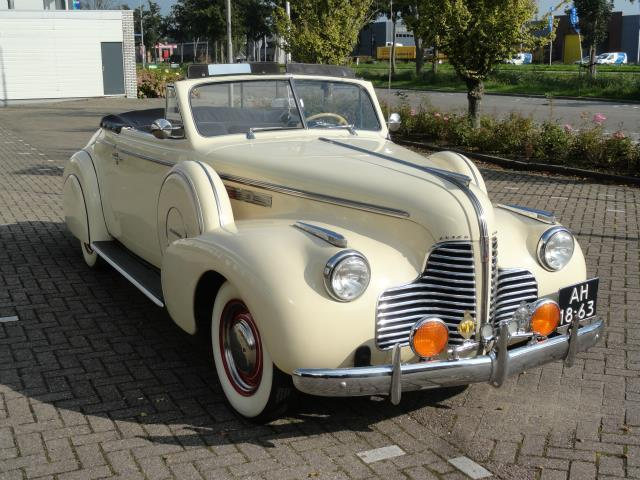 Oldtimer Buick C61, 1940 roomwit