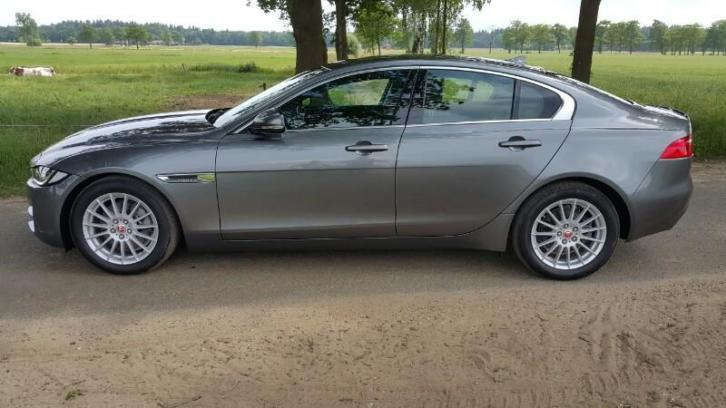Schitterende Jaguar XE Full options! Leer, Navi, Cruise, Etc