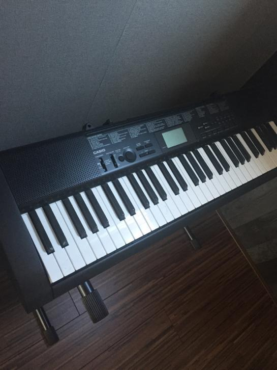 Casio keyboard 61 toetsen