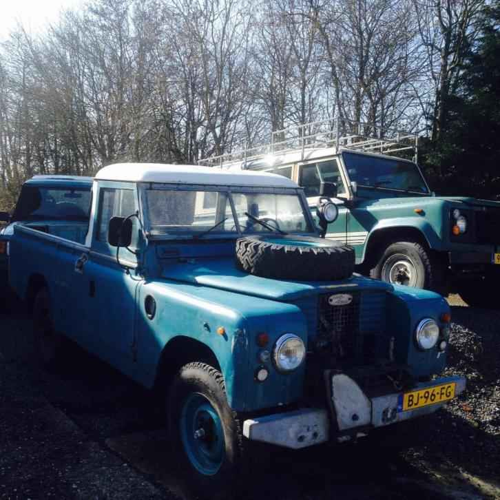 Land Rover 109 series 2a pick up
