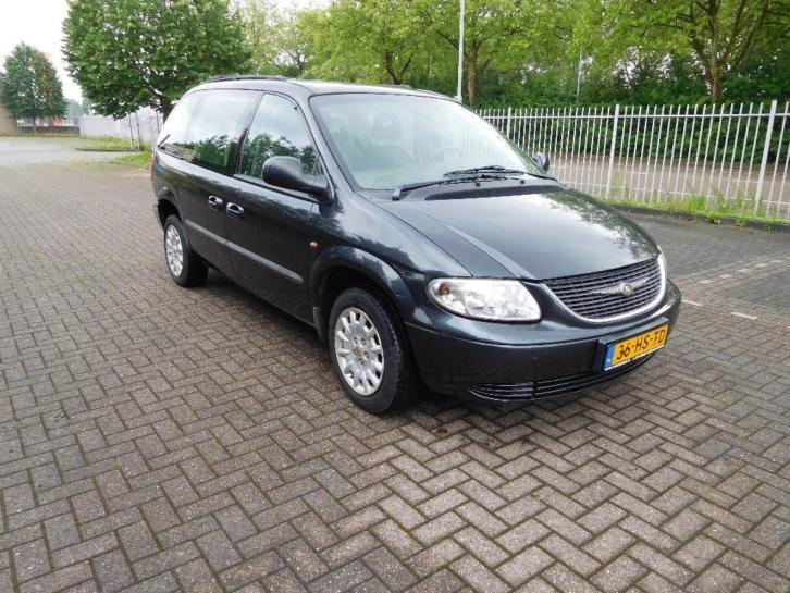 Chrysler Voyager 2.4i Luxe AUT Cruise, Climate, etc. bj 2002