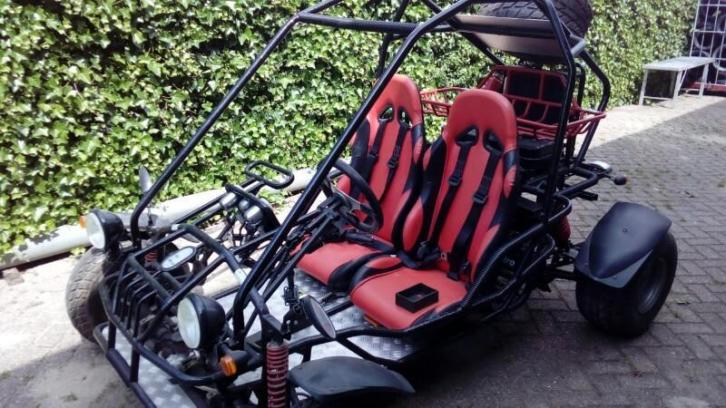 Gs Moon buggy quad met autokenteken..