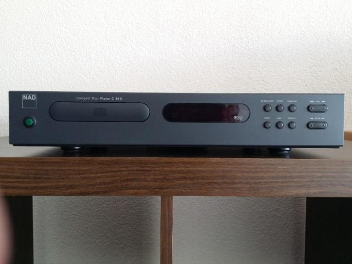 NAD CD Player C-541i