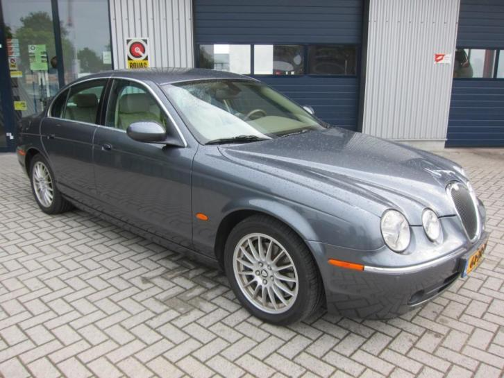 Jaguar S-Type 2.7D V6 EXECUTIVE LEER/NAVI/CRUISE/LMV