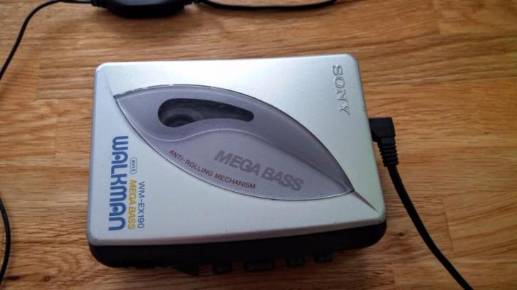 Sony WM-EX 190 Mega Bass Walkman Cassette Player