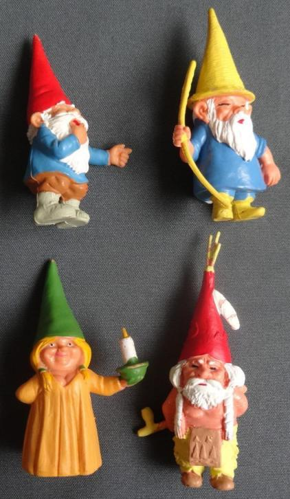 DAVID DE KABOUTER Set van 4x poppetje VINTAGE DAVID THE GNOM