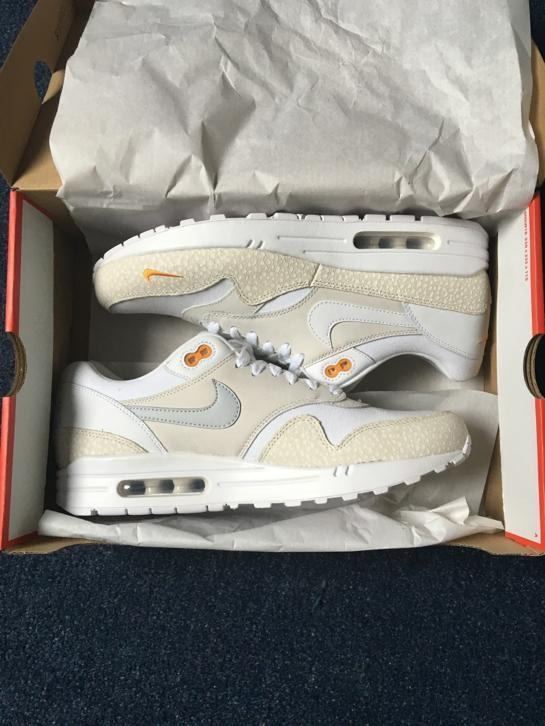 Nike air max 1 safari white kumquat 44 (supreme patta woei)