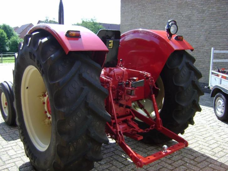 tractor 724 mccormick