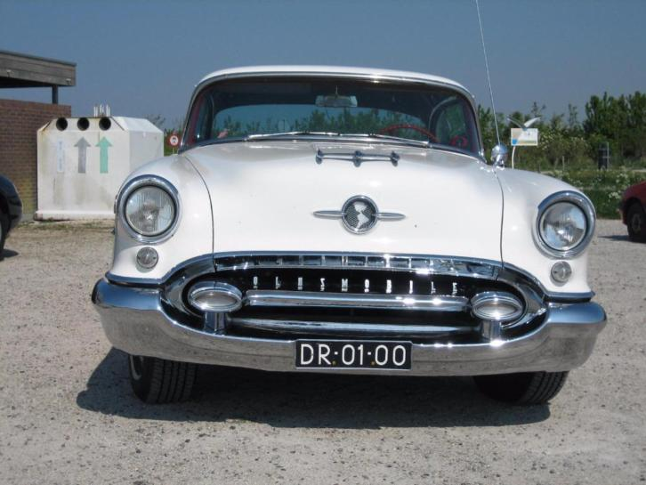 Oldsmobile Holiday Coupe 88 Super 1955 Wit