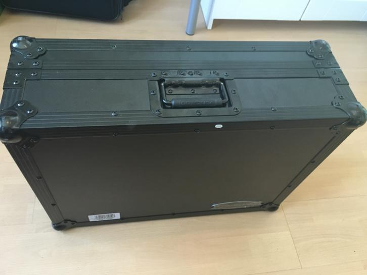 Flightcase Odyssey USA Traktor S4 Native Instruments