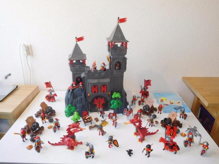 Playmobil drakenkasteel 3269 met 9 extra sets