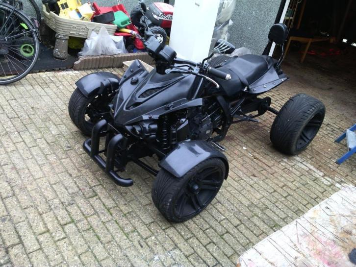 Spy racing model 2015 met kenteken