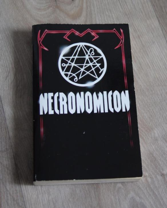 Necronomicon H.P. Lovecraft