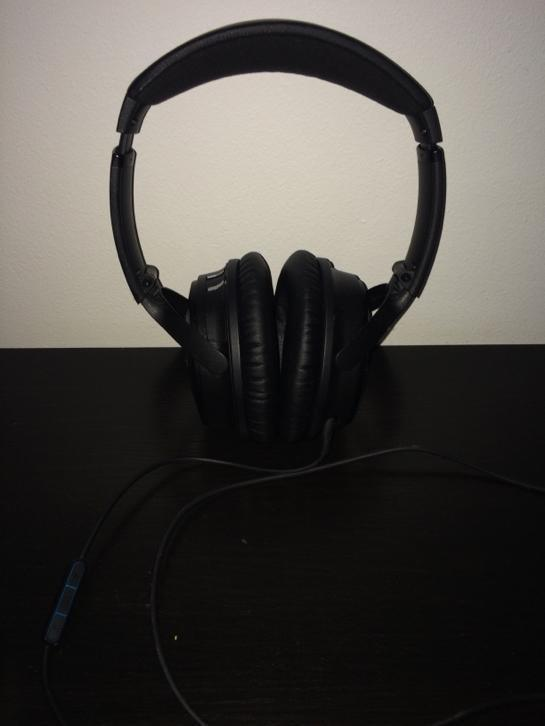 Bose Quietcomfort 25 (QC25)