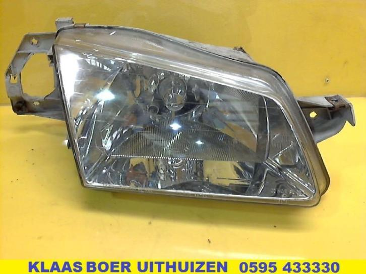 KOPLAMP R Mazda 323 Fastbreak (BJ14)