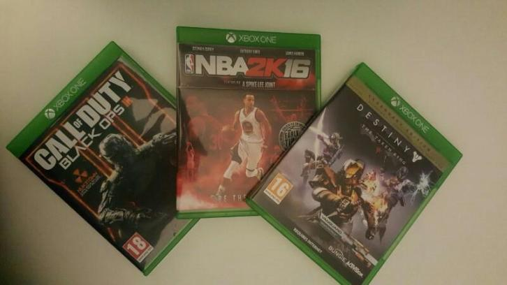 Xbox One + Kinect + 3 Games