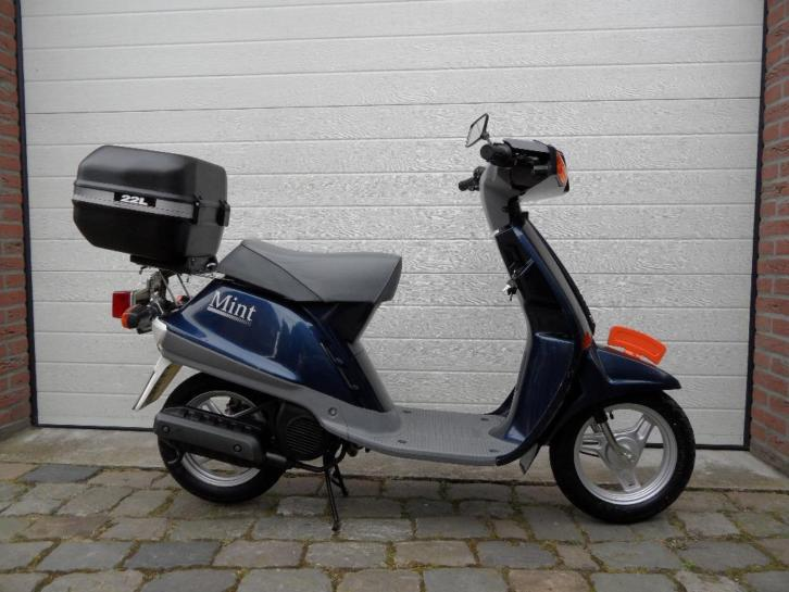 Nette Yamaha Mint snor scooter, Compact Retro model. 25 km/h