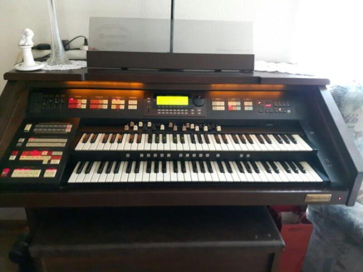 Hammond orgel XH-200 SP Century
