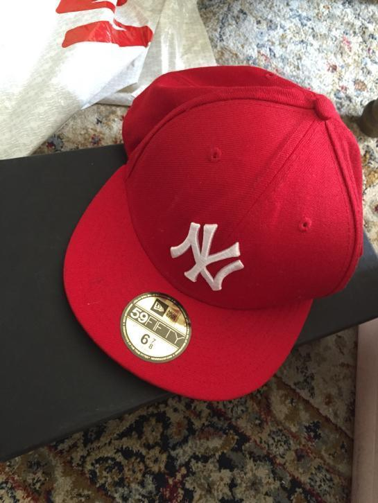 New era cap rood