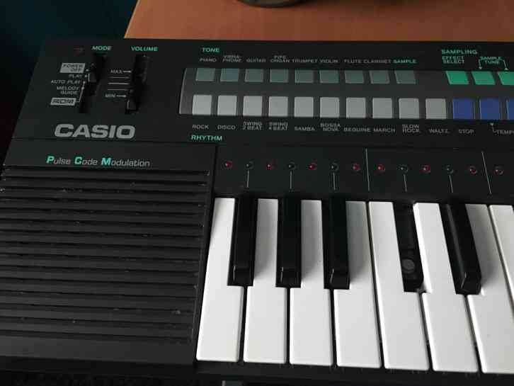Casio PT-280 sampling keyboard zeldzaam