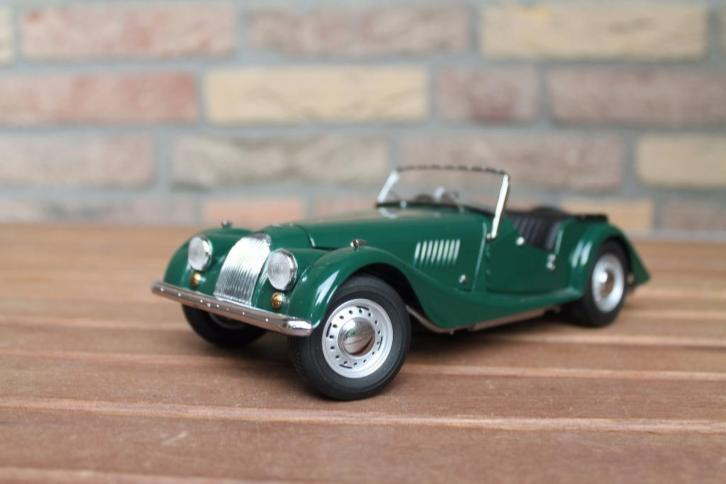 1:18 Morgan 4/4 Series II British Racing Green Kyosho/ JJTOP