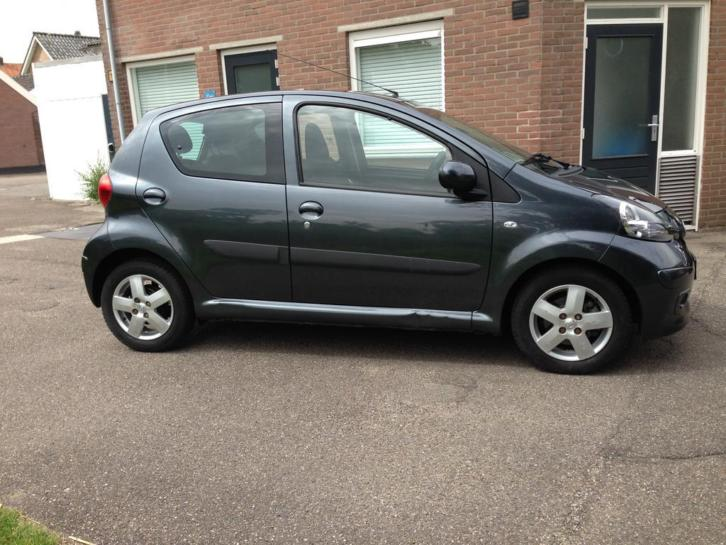 Toyota Aygo 1.0 12V VVT+ 5 Drs Antraciet Airco AUTOMAAT