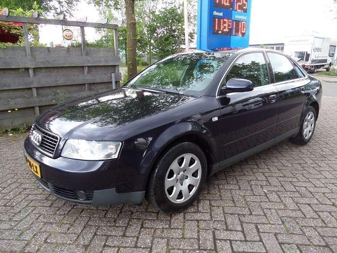 Audi A4 1.6 Exclusive