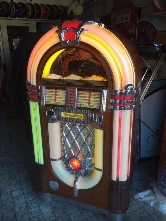 Wurlitzer OMT CD Jukebox - Incl. CD's
