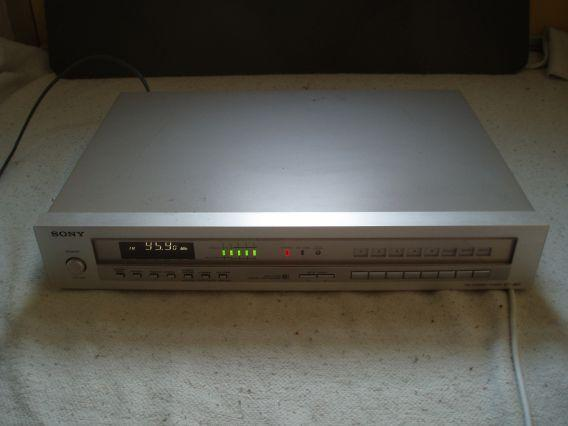 Sony FM Stereo Tuner type ST-J60 ( izgs )